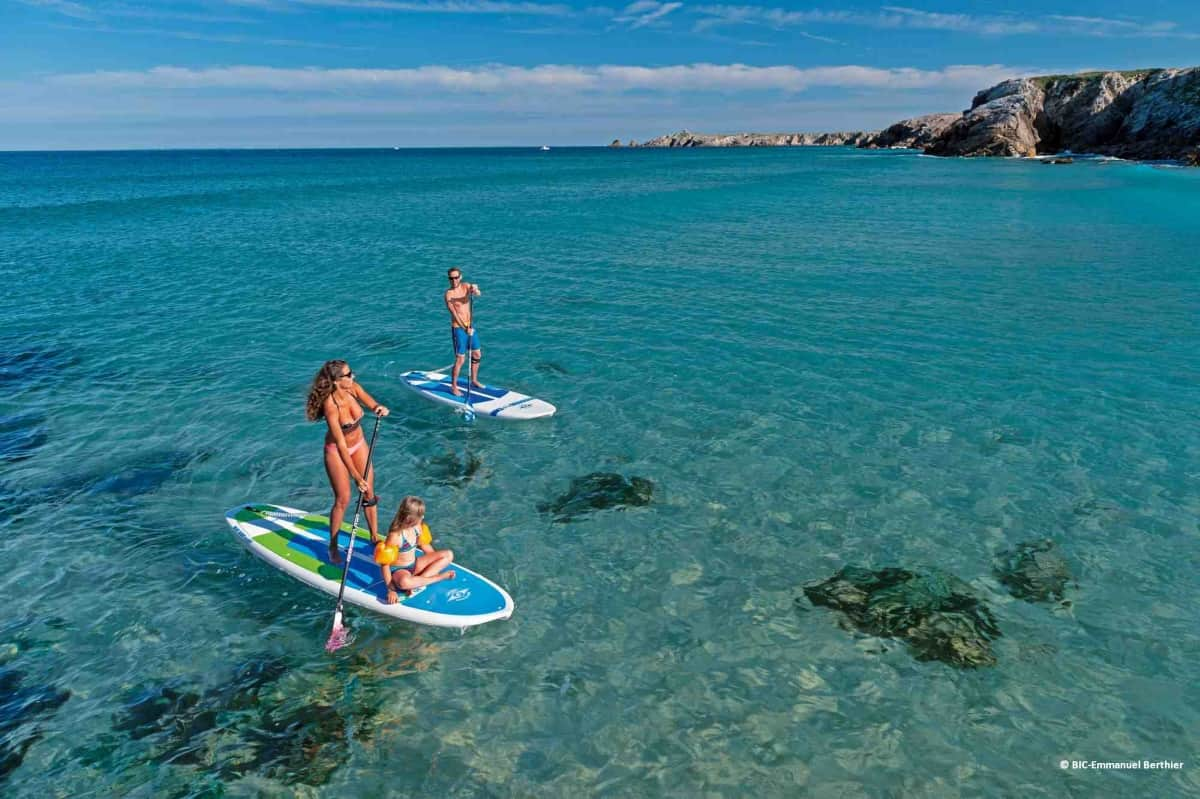 stand-up-paddle-bic copyright groupes comite-entreprise-incentive-centres de vacance-quiberon-carnac-morbihan